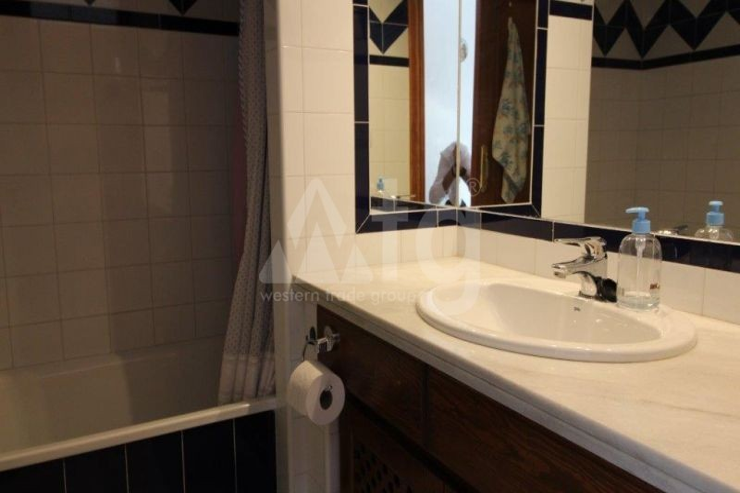 3 bedroom Villa in Algorfa  - TRI114880 - 8