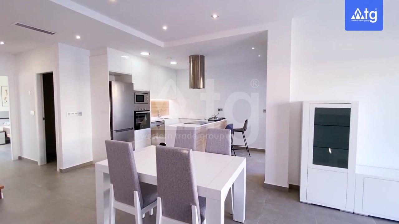 4 bedroom Villa in Los Montesinos - GEO8325 - 11