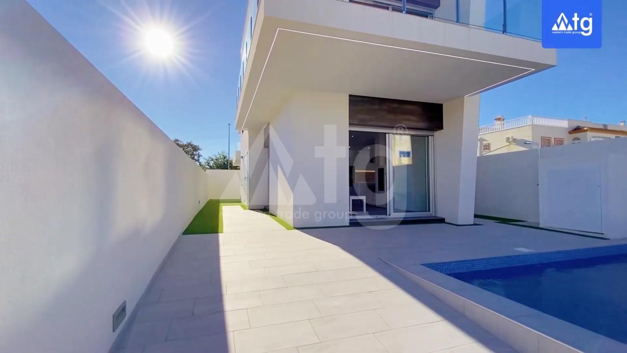 4 bedroom Villa in Los Montesinos - GEO8325 - 4