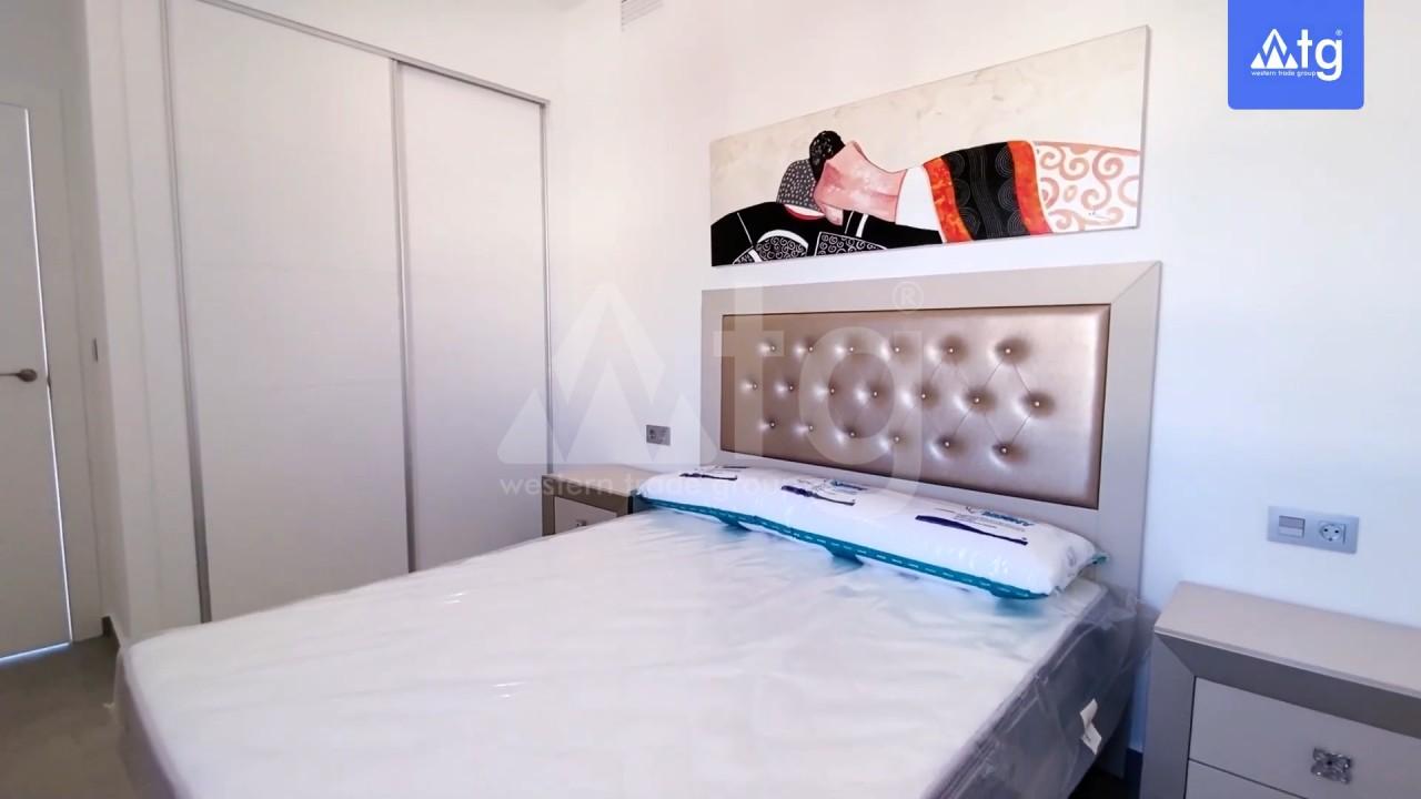4 bedroom Villa in Los Montesinos - GEO8325 - 9