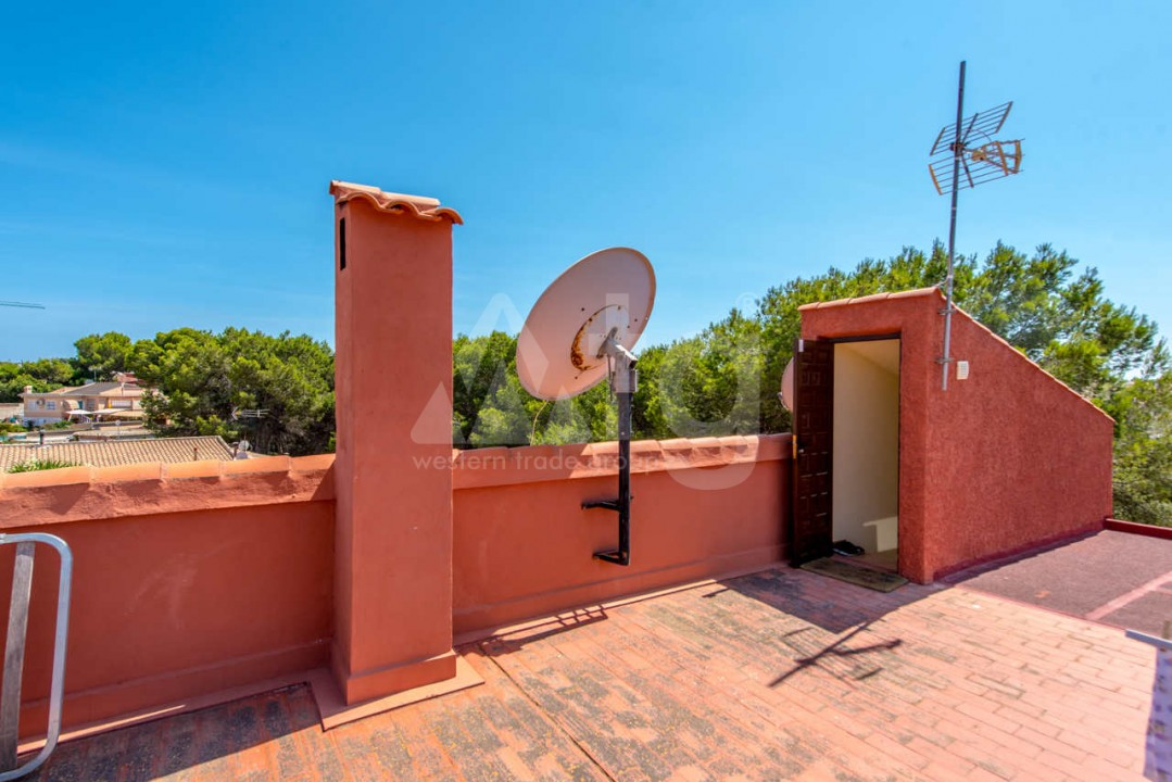 3 bedroom Villa in Los Balcones  - B2382 - 16