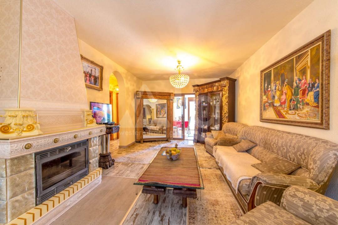 3 bedroom Villa in Los Balcones  - B2382 - 5