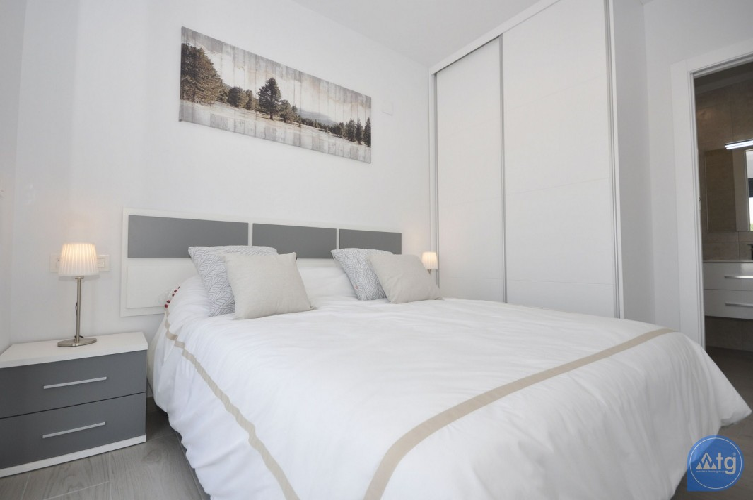 4 bedroom Villa in Dehesa de Campoamor - AG9429 - 14