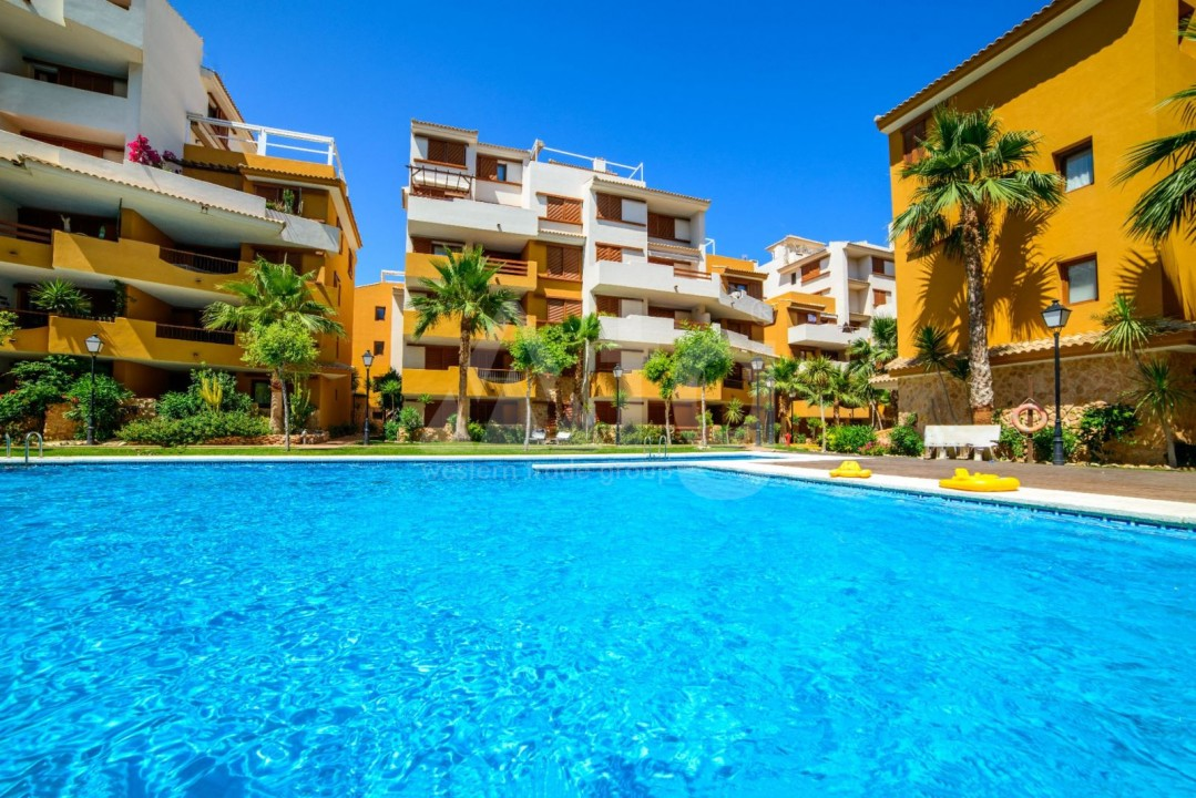 3 bedroom Villa in Los Montesinos - HE7379 - 12