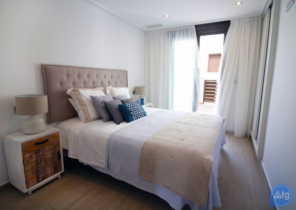 3 bedroom Apartment in Torre de la Horadada  - CC7382 - 12