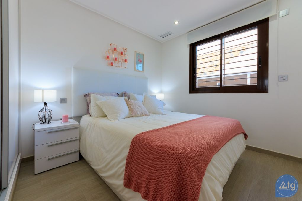 3 bedroom Apartment in Torre de la Horadada  - CC7382 - 21