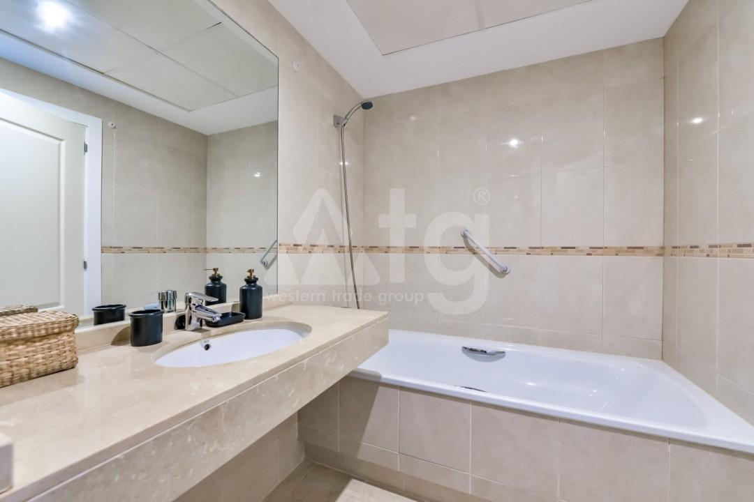 3 bedroom Apartment in Denia  - SOL116352 - 11