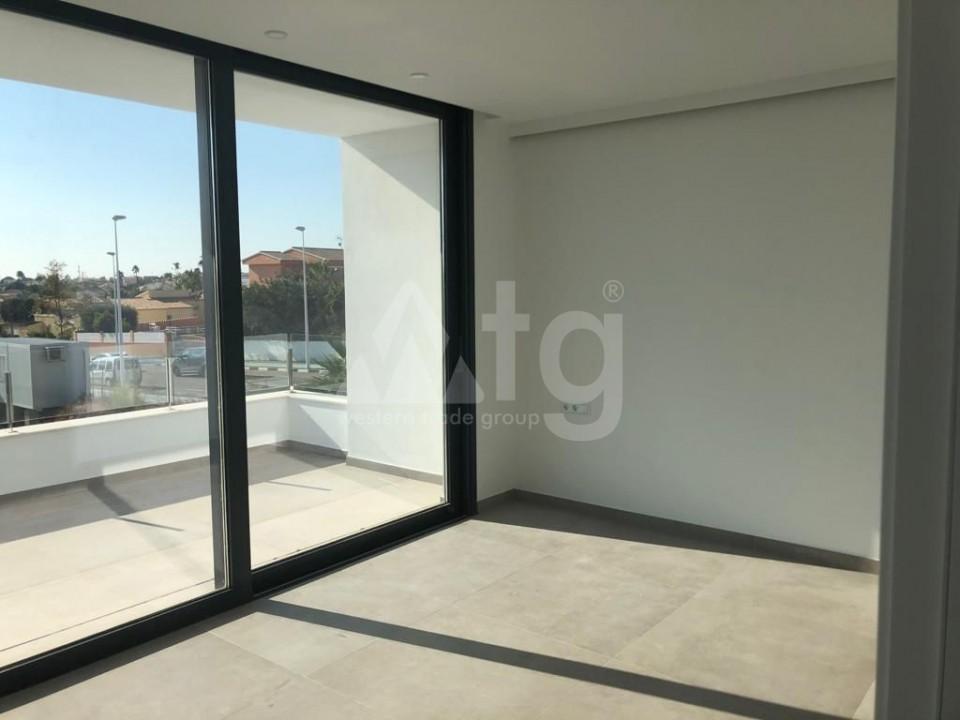 3 bedroom Apartment in Guardamar del Segura  - LCP117054 - 9