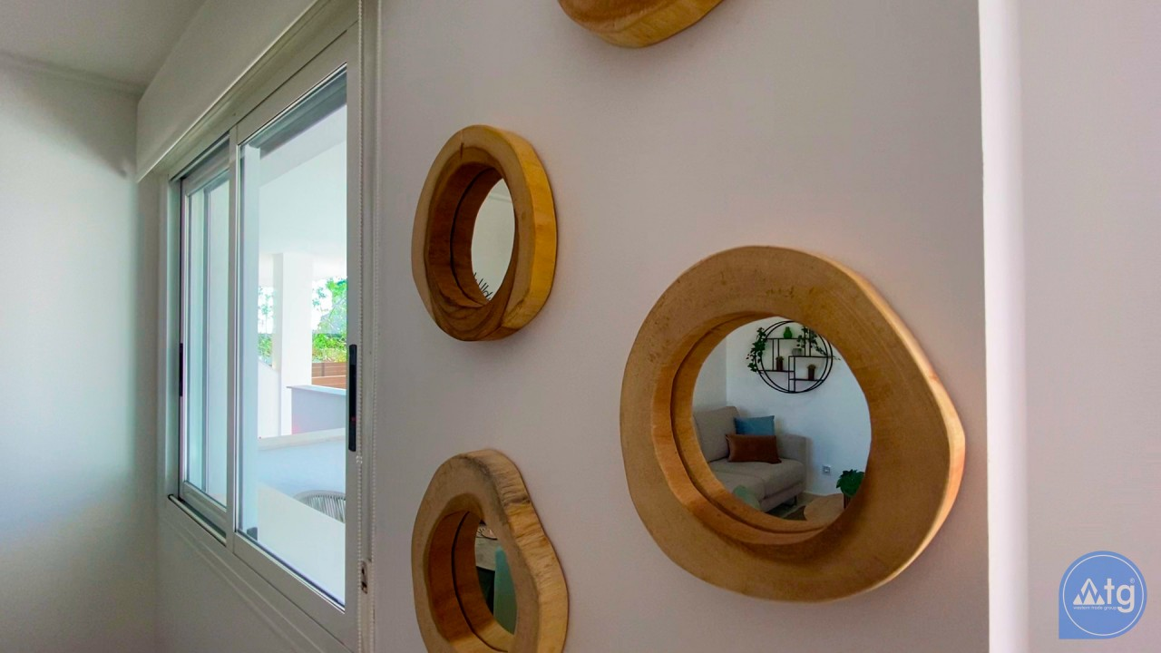 3 bedroom Apartment in Torrevieja  - ERF116291 - 33