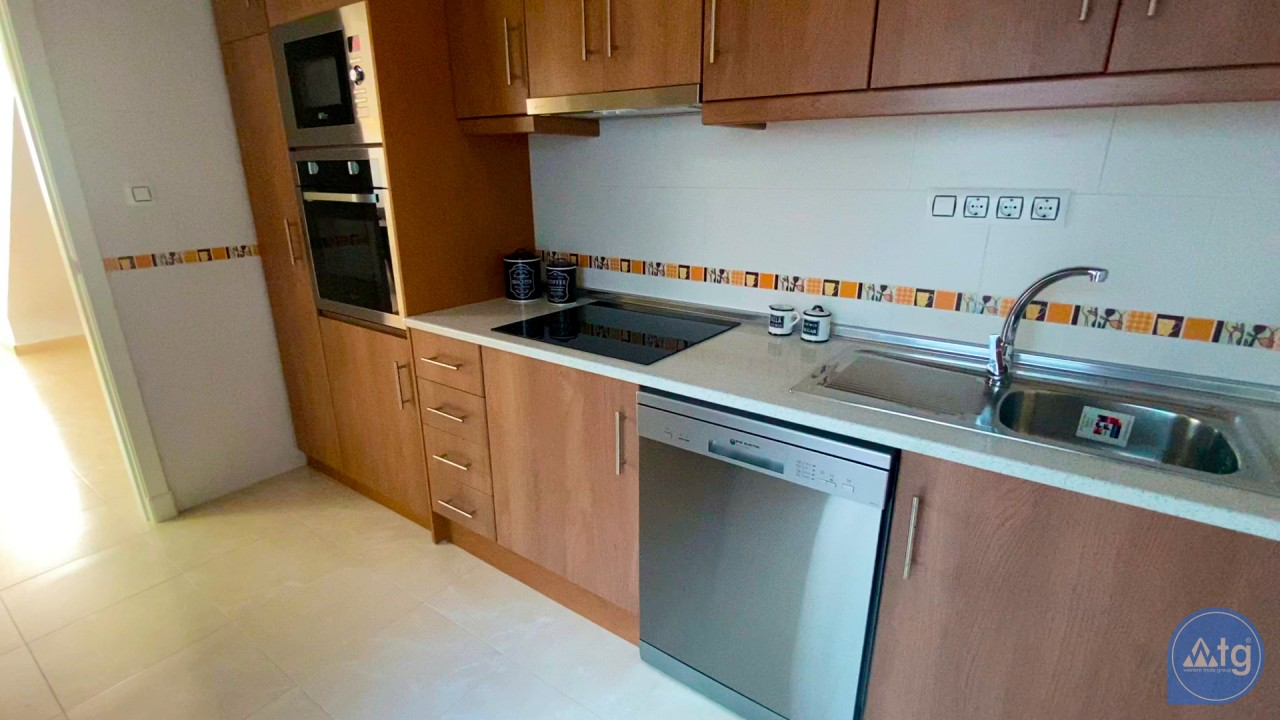 3 bedroom Apartment in Torrevieja  - ERF116291 - 34