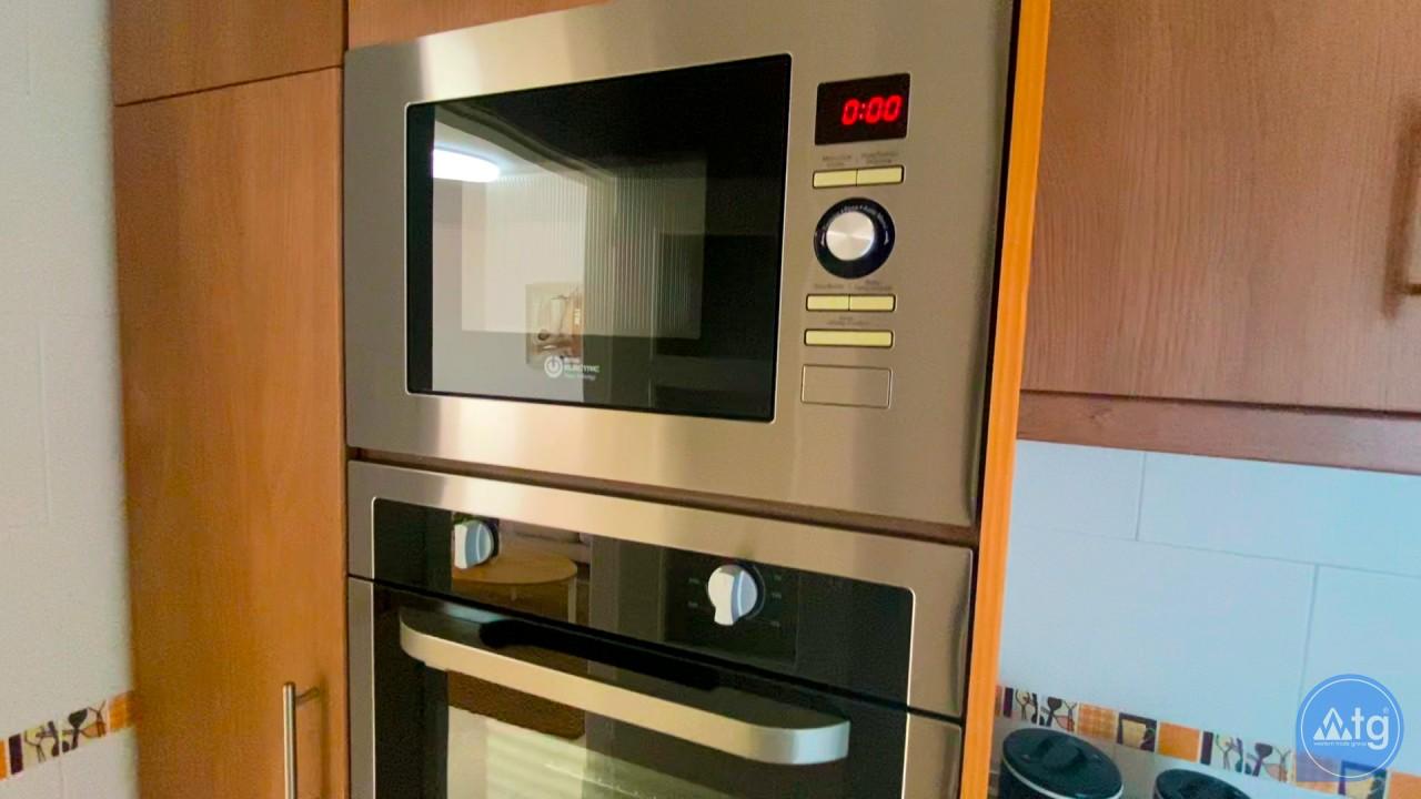 3 bedroom Apartment in Torrevieja  - ERF116291 - 36
