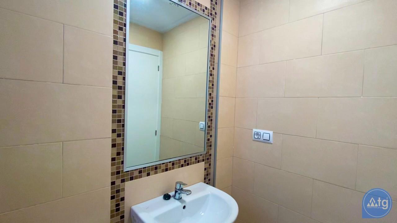 3 bedroom Apartment in Torrevieja  - ERF116291 - 40