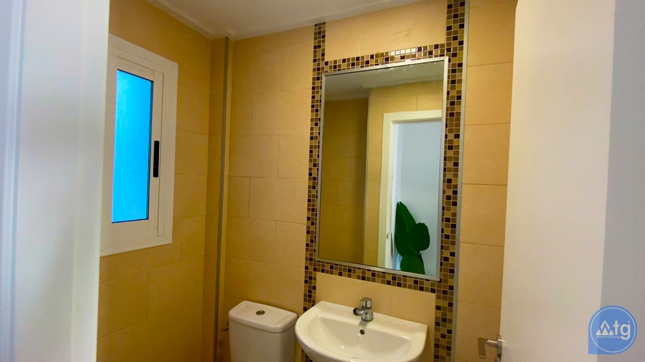 3 bedroom Apartment in Torrevieja  - ERF116291 - 41
