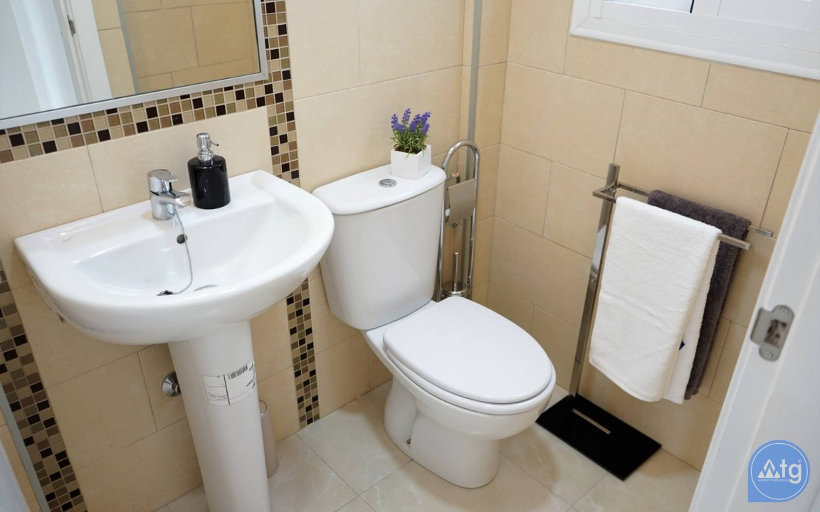 3 bedroom Apartment in Torrevieja  - ERF116291 - 42