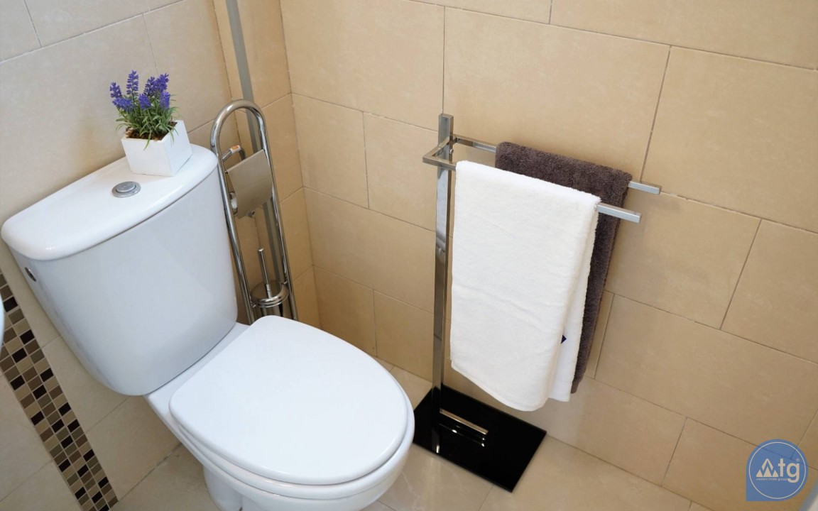 3 bedroom Apartment in Torrevieja  - ERF116291 - 43