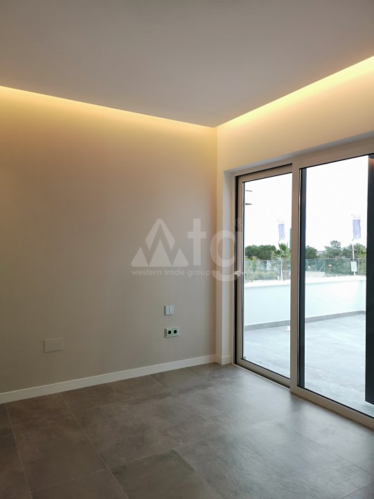 2 bedroom Apartment in Torrevieja  - AG5920 - 10
