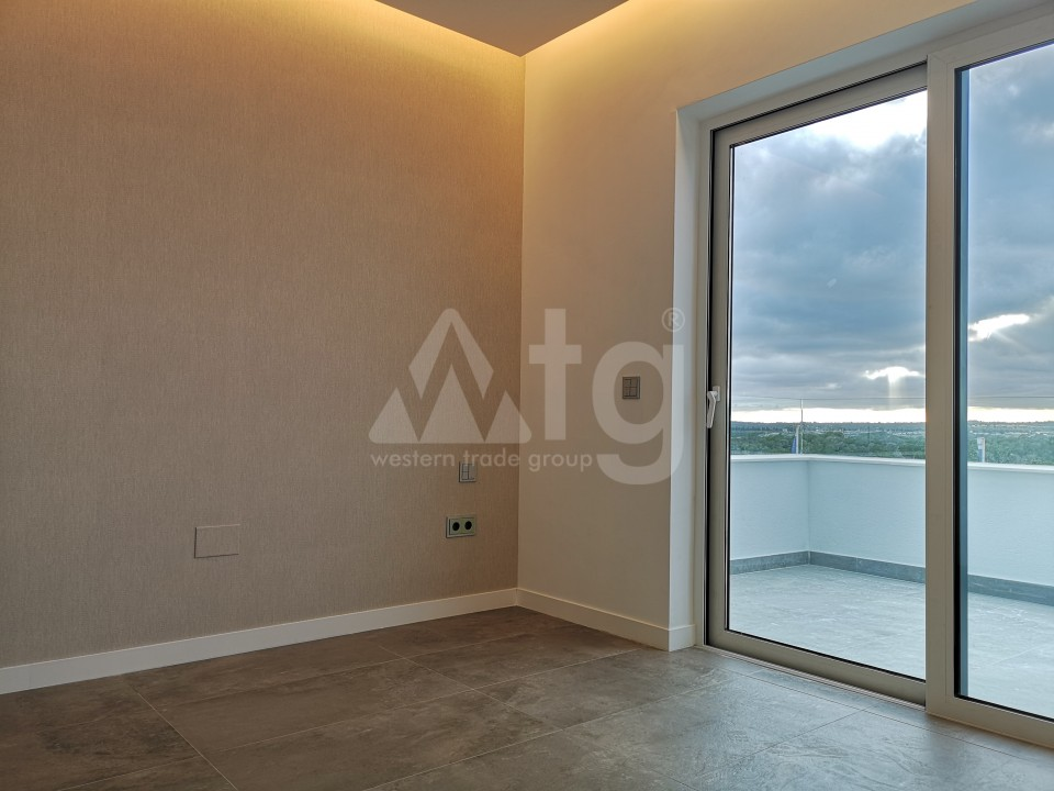 2 bedroom Apartment in Torrevieja  - AG5920 - 11