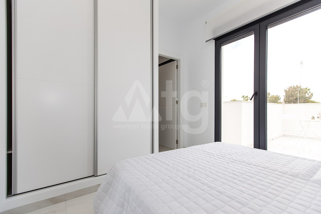 3 bedroom Apartment in Torrevieja - AGI6067 - 12
