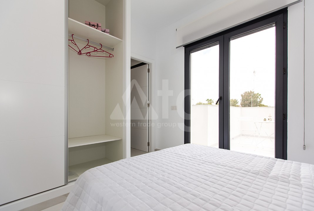 3 bedroom Apartment in Torrevieja - AGI6067 - 13