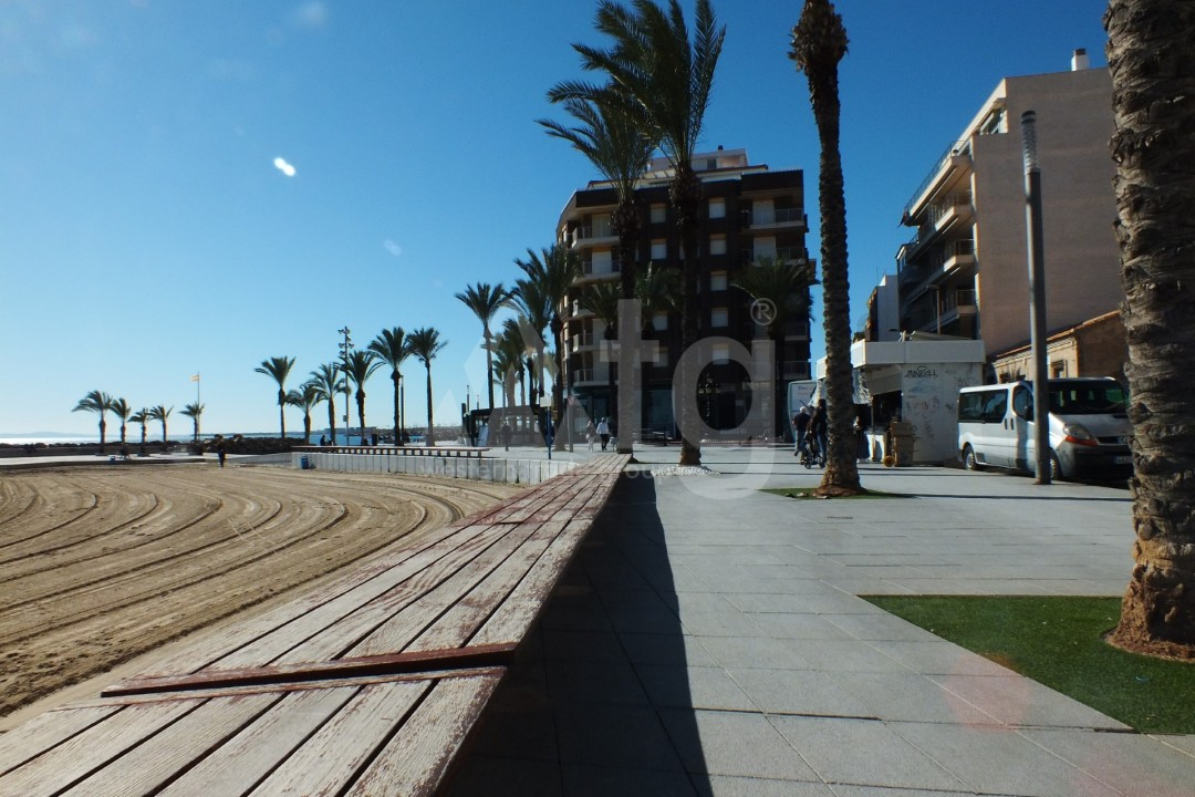 3 bedroom Apartment in Torrevieja - AGI5947 - 20
