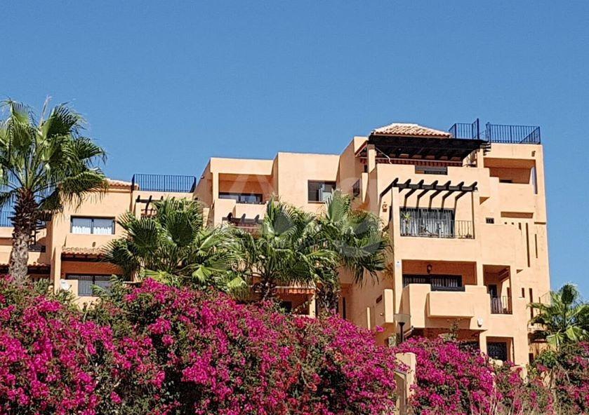 2 bedroom Apartment in Villamartin  - GB7162 - 1