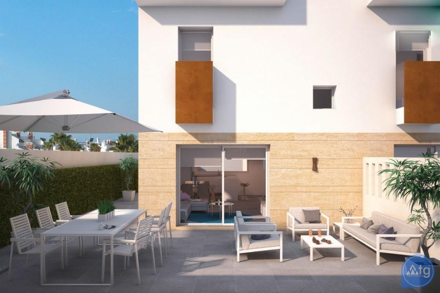 3 bedroom Apartment in Torrevieja  - TR114319 - 2