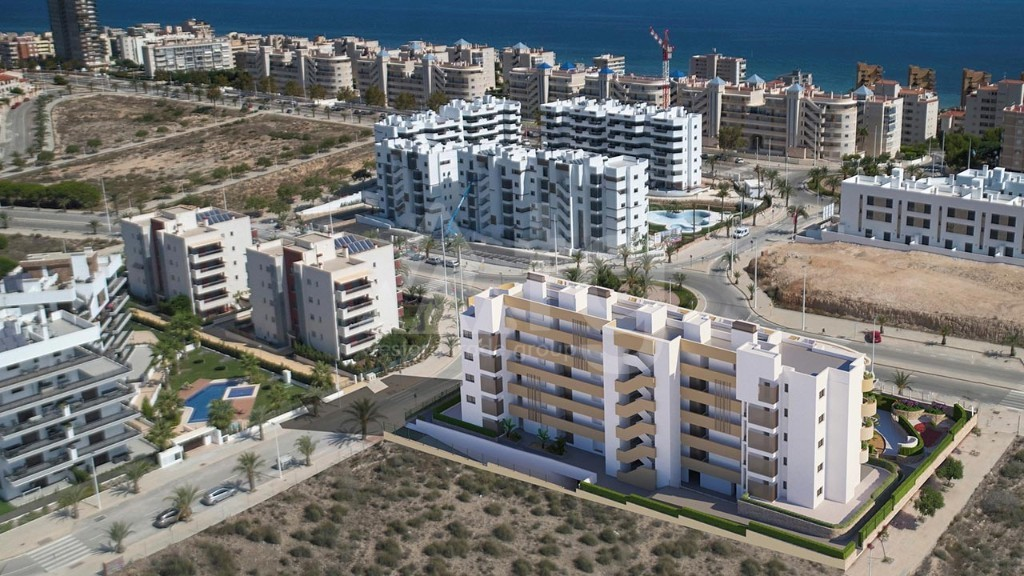 Immobilier commercial de  à La Senia- GV8191 - 2