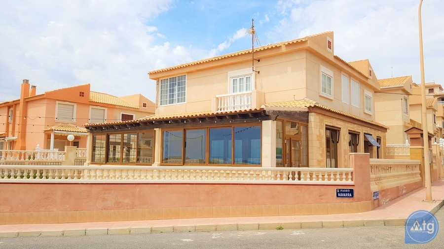 Immobilier commercial de  à Torrevieja- CBH5360 - 1