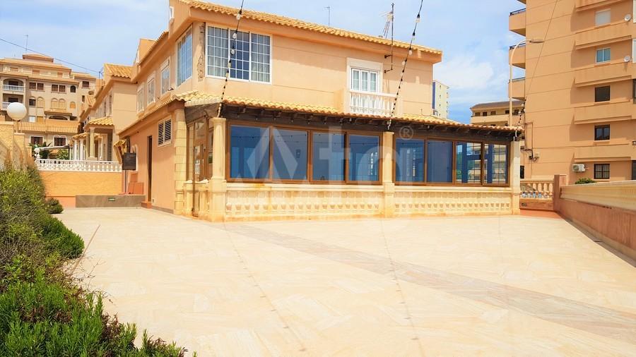 Immobilier commercial de  à Torrevieja- CBH5360 - 32