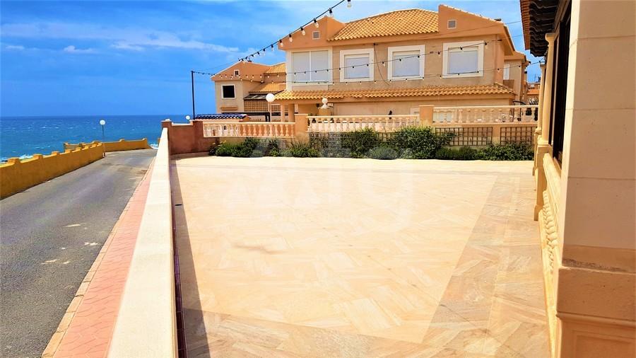 Immobilier commercial de  à Torrevieja- CBH5360 - 35