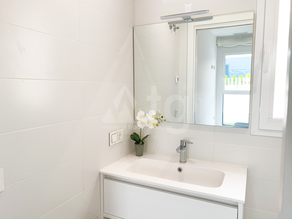 3 bedroom Apartment in Los Montesinos - MT7024 - 13