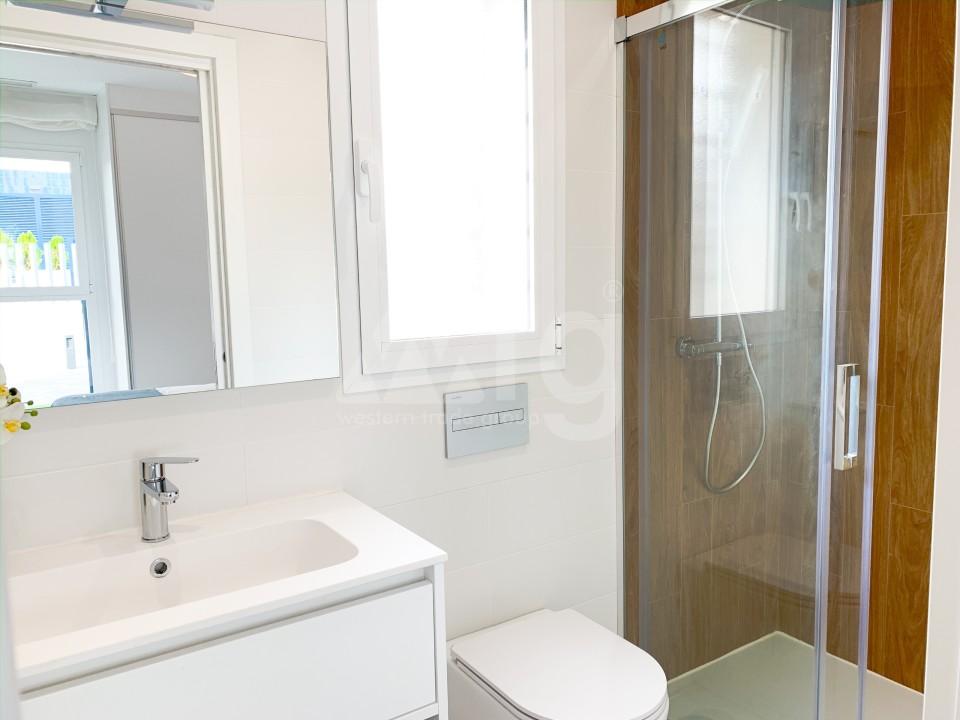 3 bedroom Apartment in Los Montesinos - MT7024 - 14