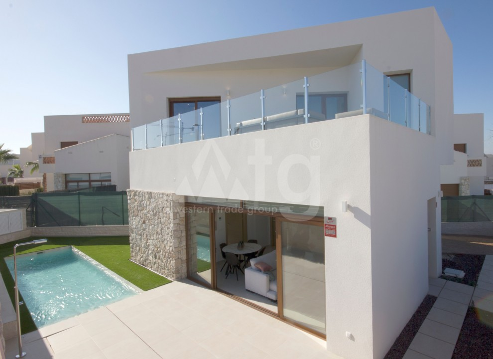 2 bedroom Apartment in Torrevieja  - VC115773 - 1