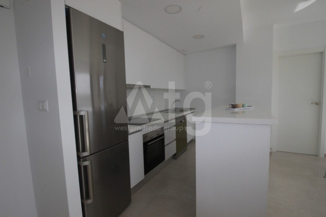 2 bedroom Apartment in Torrevieja  - ARCR0430 - 12