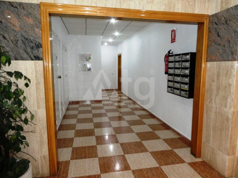3 bedroom Apartment in Torrevieja - AG9572 - 15