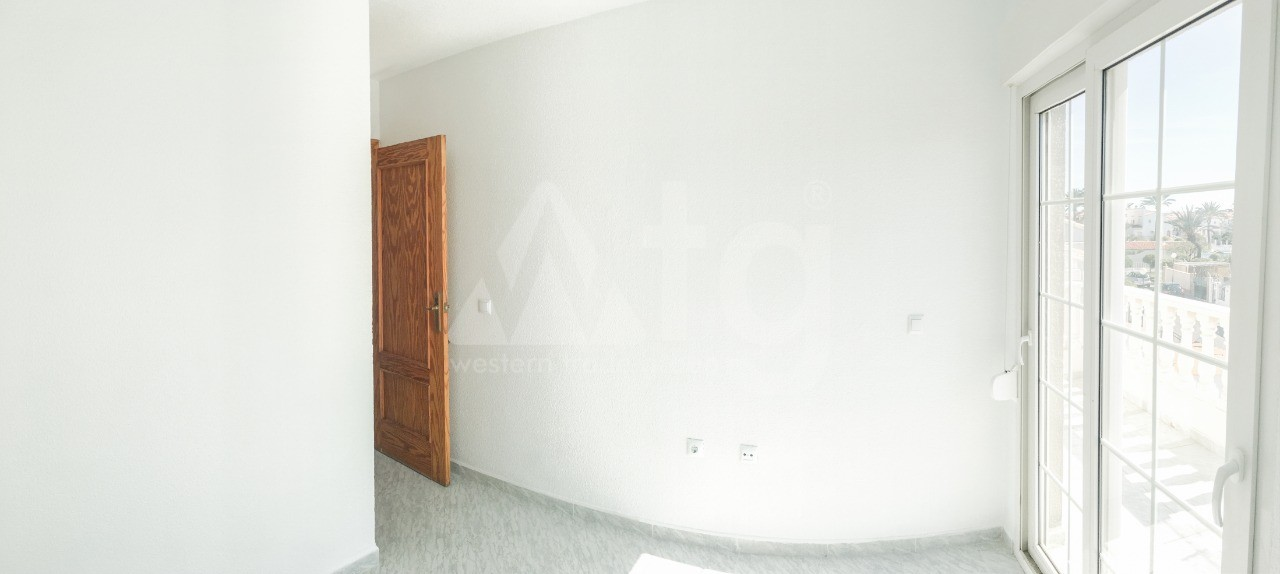 3 bedroom Apartment in Torrevieja - AG4330 - 8