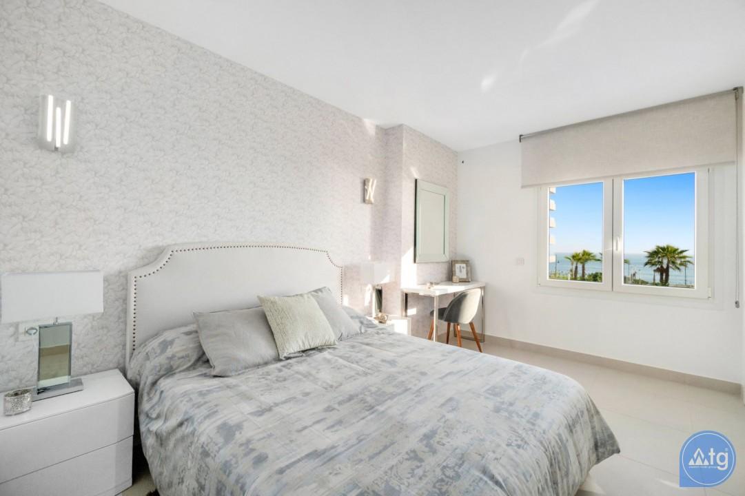 Appartement de 2 chambres à Punta Prima - GD113890 - 33