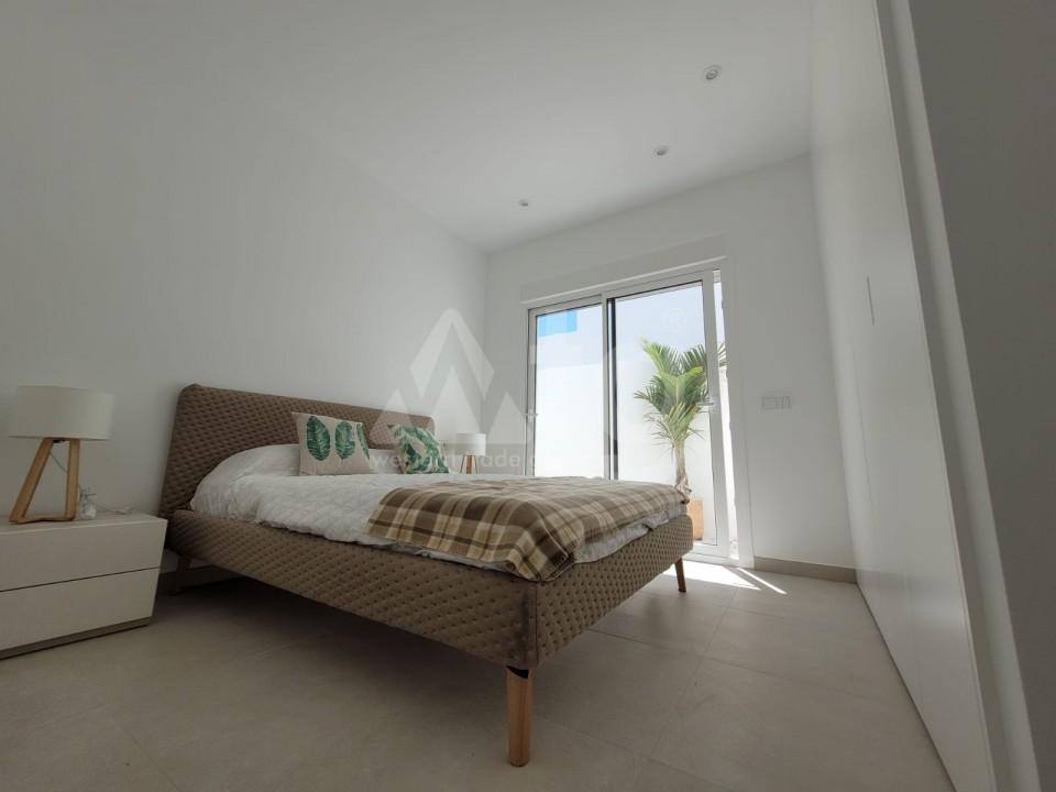 Appartement de 3 chambres à Torrevieja - GK116093 - 8