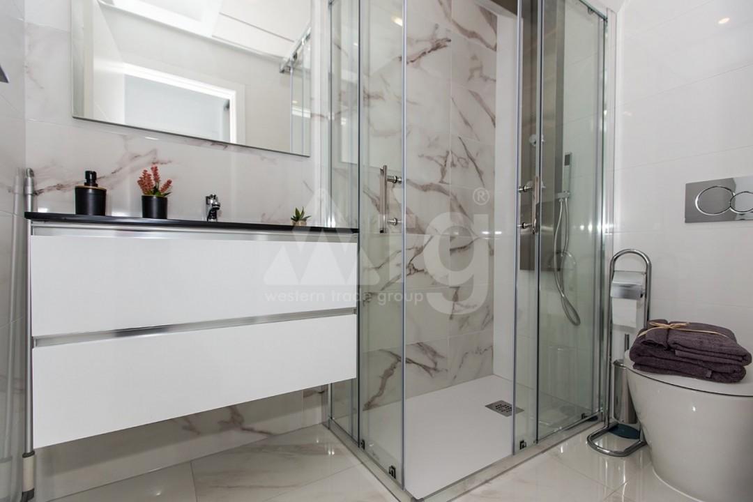 Appartement de 3 chambres à Torrevieja - MS115090 - 11