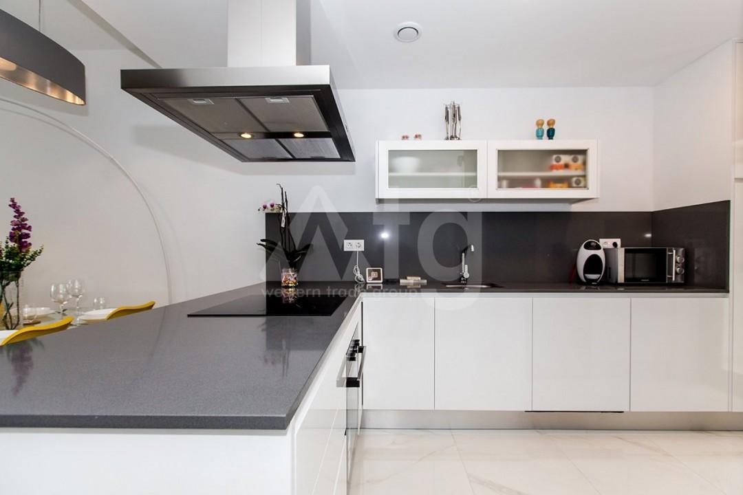 Appartement de 3 chambres à Torrevieja - MS115090 - 23