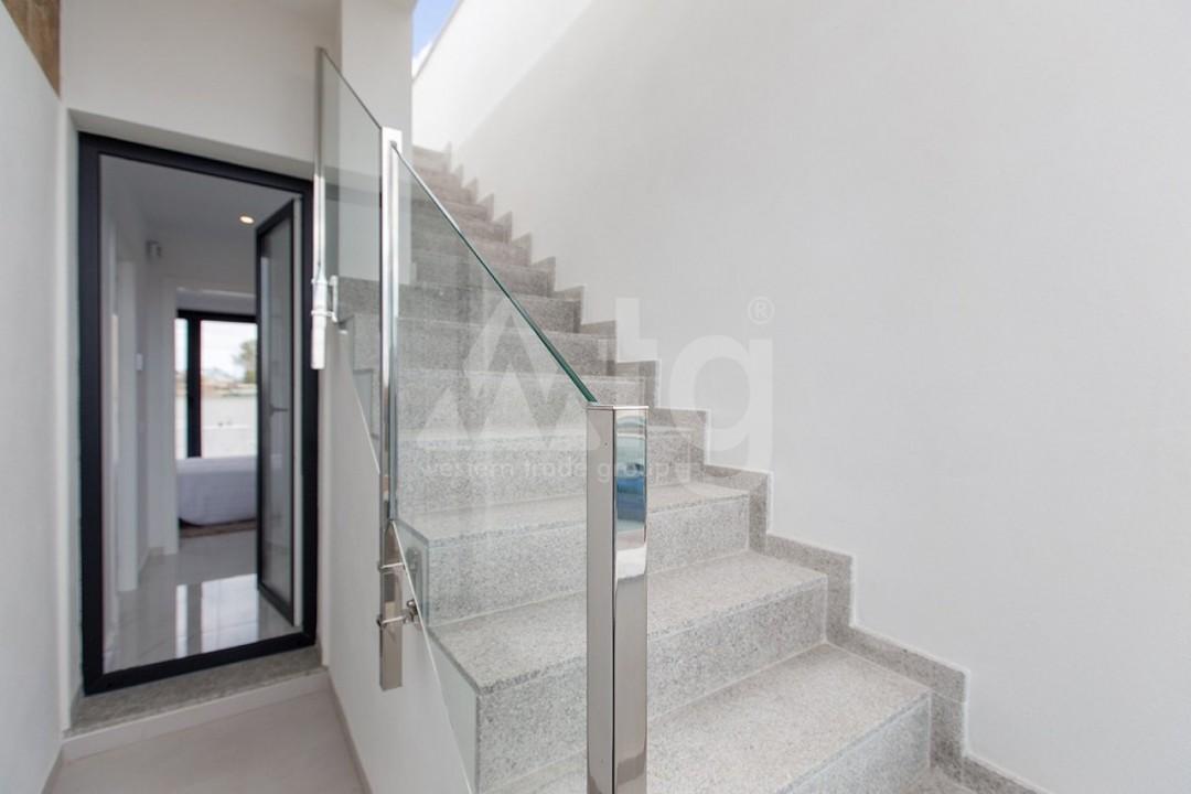 Appartement de 3 chambres à Torrevieja - MS115090 - 24