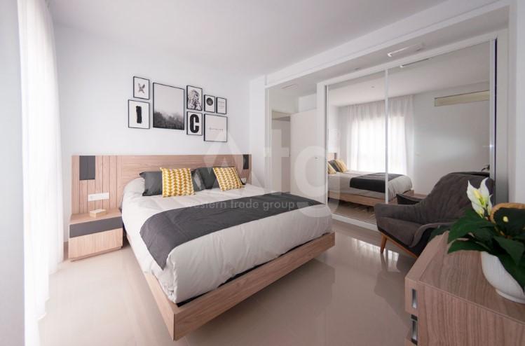 Appartement de 3 chambres à Torrevieja - ARCR0486 - 7