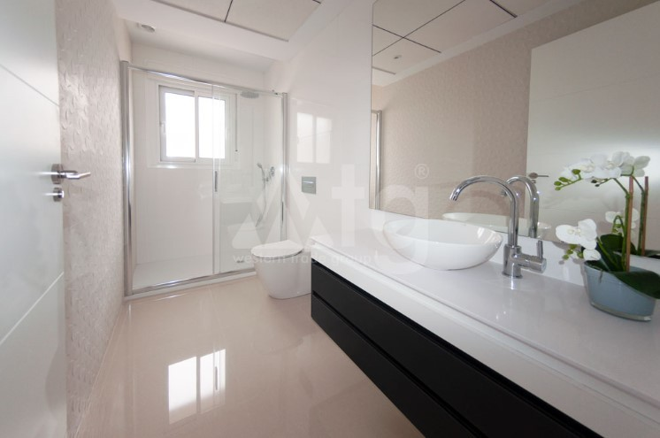Appartement de 3 chambres à Torrevieja - ARCR0486 - 8