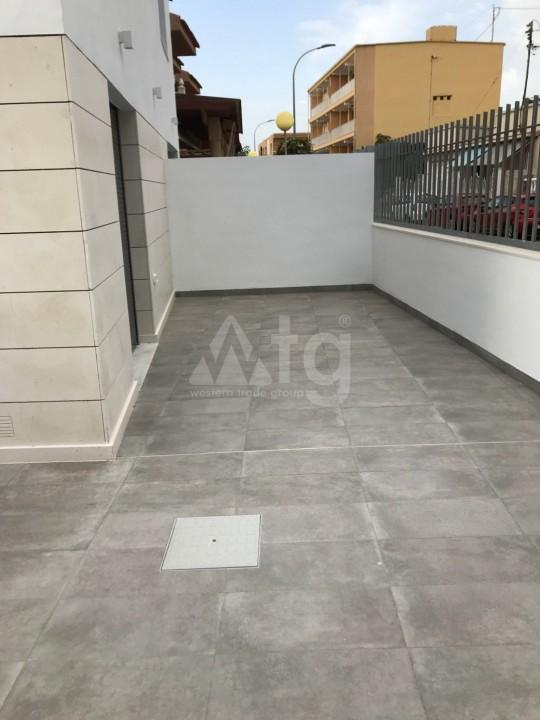 Appartement de 3 chambres à Punta Prima - GD113879 - 9