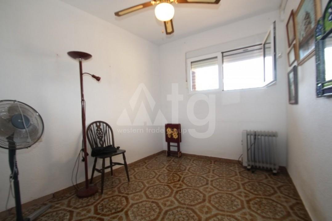 Appartement de 2 chambres à Punta Prima - GD113884 - 9