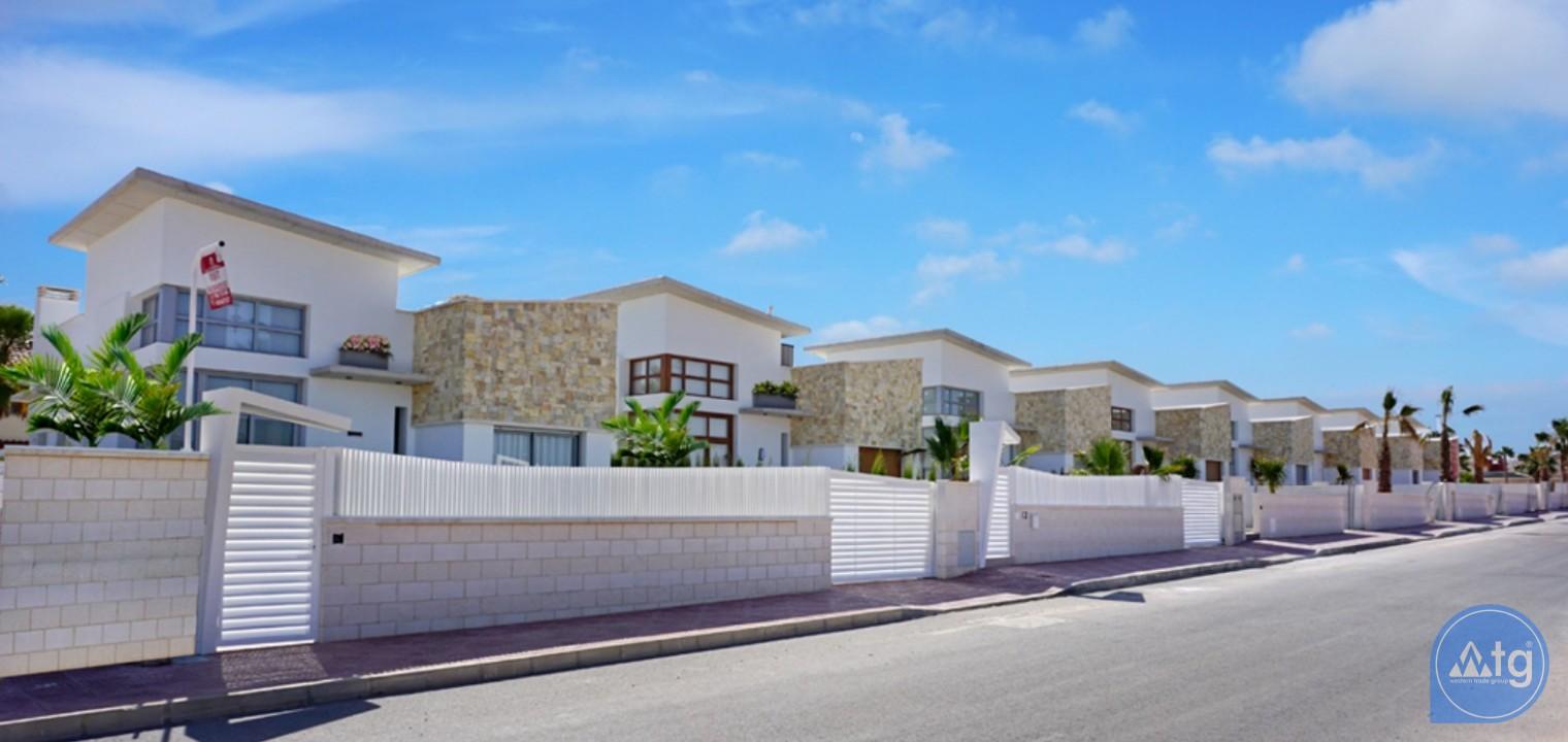 Appartement de 2 chambres à Torrevieja - ARCR0469 - 11