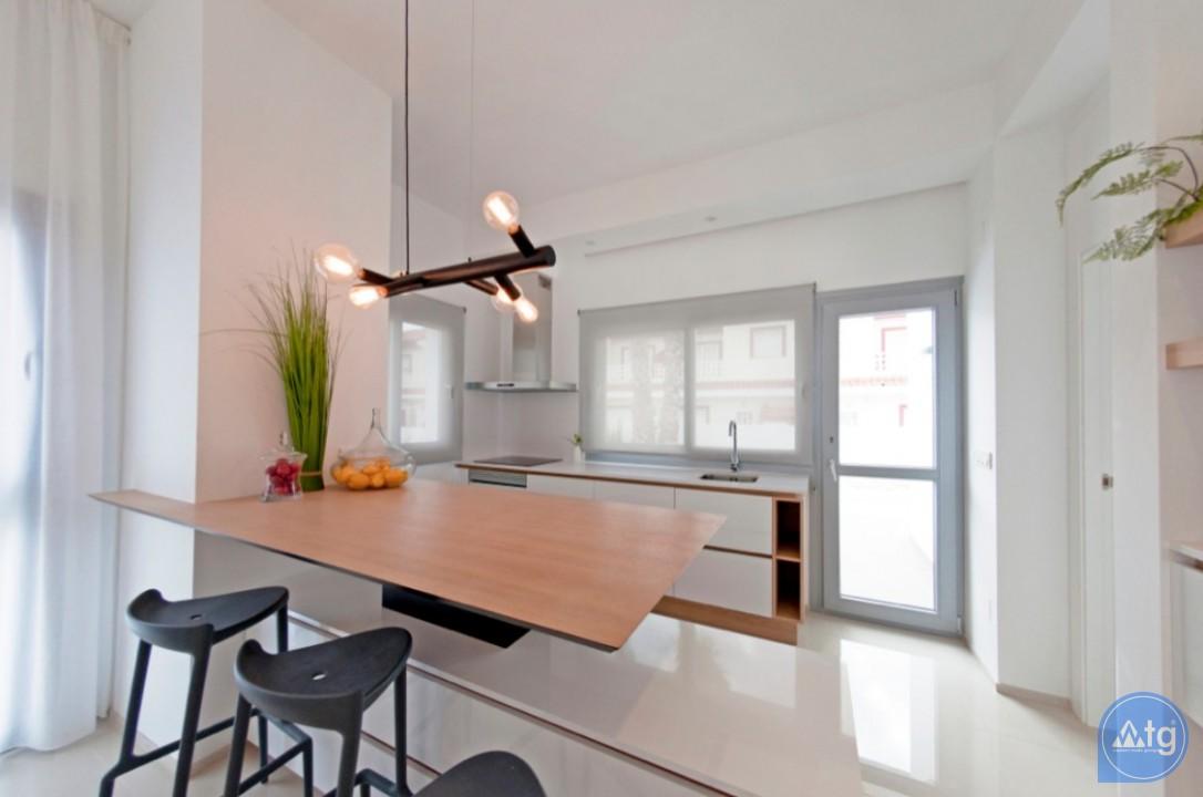 Appartement de 2 chambres à Torrevieja - ARCR0469 - 3