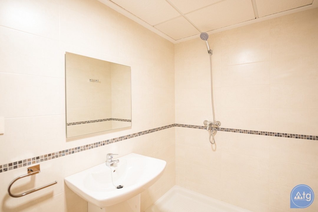 Appartement de 2 chambres à Alicante - IM8260 - 27