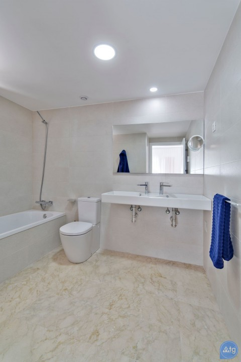 Appartement de 2 chambres à Punta Prima - GD119560 - 30