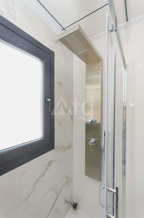 3 bedroom Penthouse in Villajoyosa - QUA8640 - 13
